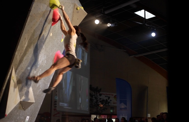 Alex Puccio on the last semi-final problem, a giant dyno.