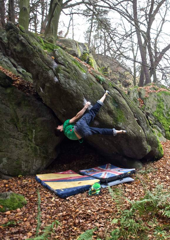 Al crushing Noodledream, 8a. Gotta love a toe hook!